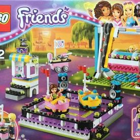 Lego 41133 Friends Lunapark (002)